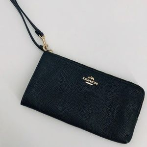 COACH | SAFFIANO LEATHER CORNER ZIP WRISTLET
